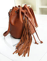 Женская сумка мешок с бахромой коричневого цвета