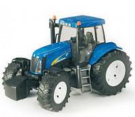 Bruder 03020 игрушка - трактор New Holland T8040