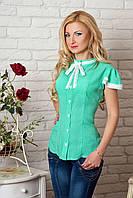 Нежная летняя блузка с коротким рукавом цвета мяты с белым кружевом