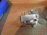 Микропереключатель карбюратора с кронштейном 2105 2107 2104 ДААЗ