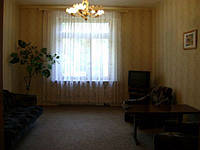 Аренда двухкомнатной квартиры посуточно (Кривой Рог)