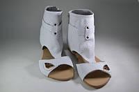 Летние босоножки-сапоги кожа женские