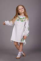 Вышитое платье для девочки с очень нежной вышивкой