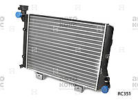 Радиатор охлаждения на ВАЗ 2103-06. Пр-во Hola.