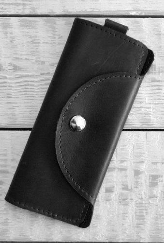 Стильная ключница из натуральной кожи GBAGS A.0002-СН черный