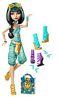 Кукла Monster High Cleo De Nile Doll & Shoe Collection