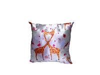Подушка декор Жирафы-сердца  35*35 см
