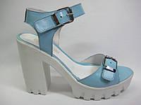 Кожаные босоножки голубого цвета ТМ Santini