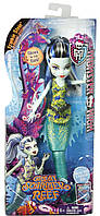 Кукла Френки Штейн Большой Скарьерный Риф Monster High Great Scarrier Reef Glowsome Ghoulfish Frankie Stein