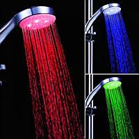 Светодиодная насадка для душа LED SHOWER 3 цвета NM-FC
