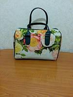 Стильная сумка-бочонок для модниц