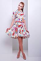Молочное платье с пышной асимметричной юбкой и коротким рукавом из штапеля с цветочным принтом