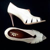 Стильные женские комфортные туфли TroisRois из натуральной турецкой кожи на шпильке