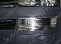 Хромированная накладки на передний бампер Volkswagen Transporter