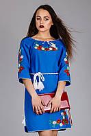 Женское вышитое платье синего цвета с цветочным узором