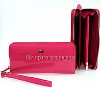 Розовый женский портмоне на молнии из натуральной кожи