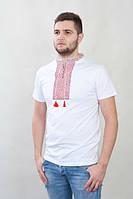 Модная мужская футболка вышиванка