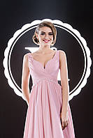 Изысканное вечернее платье с гофрированным корсетом и парящей юбкой