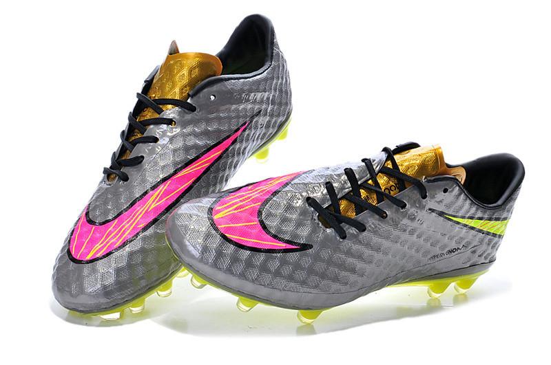Футбольные бутсы Nike HyperVenom Phantom FG Chrome/Hyper Pink/Metallic Gold Cn