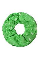 Светло-зеленый снуд в белые звезды
