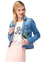 Джинсовая куртка женская с цветным принтом