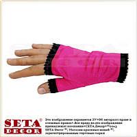 Малиновые перчатки-митенки атласные короткие без пальчиков на вечеринку в стиле ретро
