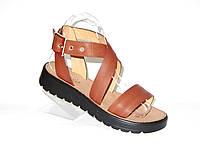 Стильные сандалии из натуральной кожи 37,38,40р