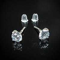 Миниатюрные серебряные серьги-пусеты с прозрачными фианитами