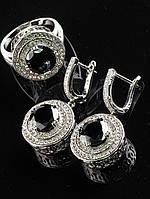 Украшения с фианитами. Кольцо и серьги черный фианит в мелких белых камнях вокруг покрытие родий Код: 024818 18 размер кольца