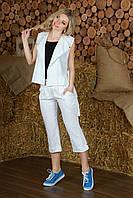 Белый костюм лен жилет и капри