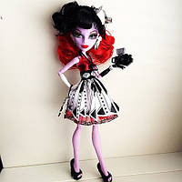 Monster High Frights, Camera, Action! Operetta Doll