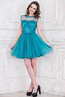 Платье с пышной  юбкой из фатина.