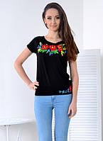 Мягкая и приятная черная футболка декорирована золотистыми колосьями