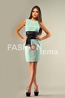 Женское платье мемори голубого цвета с поясом из атласа  с