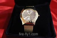 Женские часы Армани золотой корпус и браслет циферблат белый