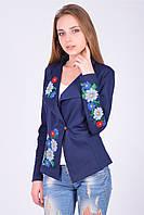 Стильный пиджак с длинным рукавом и традиционной вышевкой