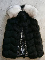 Черная жилетка из песца с белыми плечиками 90см