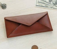 Коричневый женский кожаный кошелек на кнопке Cover портмоне