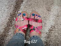 Босоножки на низком ходу сандали с цветочками красные