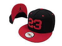 Черная кепка Jordan 23 с красным логотипом