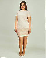 Женское платье а пастельном тоне