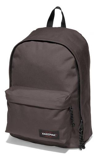 Вместительный рюкзак 27 л. Out Of Office Eastpak EK76703K коричневый