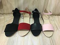 Кожаные и замшевые натуральные женские сандалии разных цветов