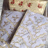 Скатерть тканевая с вышивкой и 12 салфетками