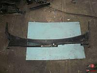 Накладка под лобовое стекло на Renault Kangoo 2008-2012 1,5 DСI