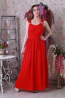 Длинное платье с небольшим декором