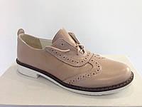 Женские модные кожаные туфли на низком ходу