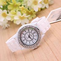 Женские часы силиконовые Geneva Crystal White белые со стразами
