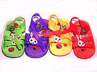 Для малышей сандалии-сланцы р18-21