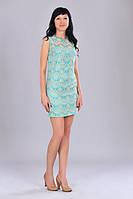Молодежное гипюровое платье бирюзового цвета